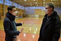 Sportovní hala při Základní školy Purkyňova. Tyto prostory nabídla vyškovská radnice jako jednu z variant regionálního očkovacího centra proti nákaze koronavirem.