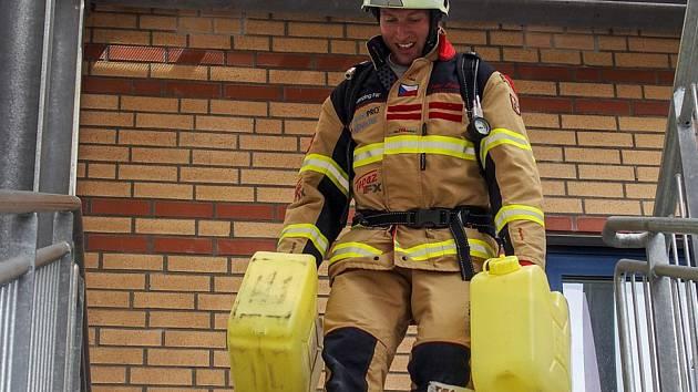 Hasič Petr Moleš porazil kolegy na Světových policejních a hasičských hrách v americkém Los Angeles.