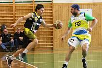 Mezinárodní turnaj basketbalových veteránů ve Vyškově vyhrál Prostějov před Líšní, Vyškovem a Košicemi.