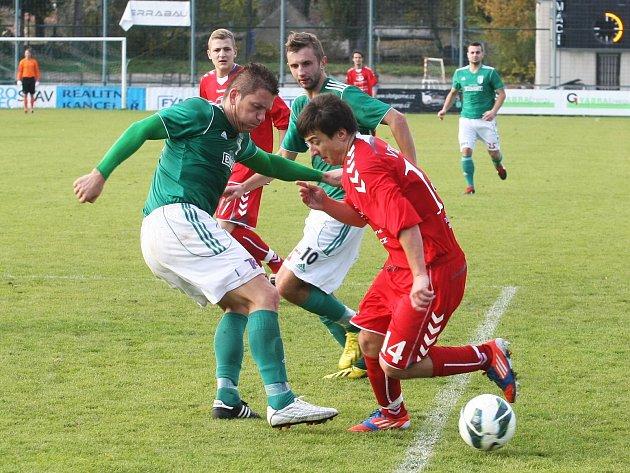 Fotbalisté Vyškova vyhráli na hřišti Bystrce (v zeleném) 2:0.