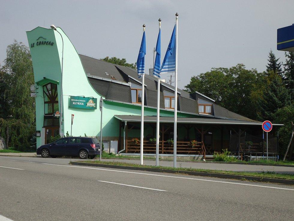 Slavkovská restaurace Klobouk.