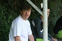 Trenér fotbalistů Dražovic František Jakeš.