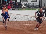 V úvodním utkání nového ročníku II. ligy podlehli nohejbalisté Rozvízu Slovan Ivanovice na Hané B týmu extraligového Climaxu Vsetín 3:6.