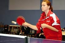 Osmnáctiletá stolní tenistka Radana Vránová hostuje ve druhé lize v TTC Komořany z Hodonína.