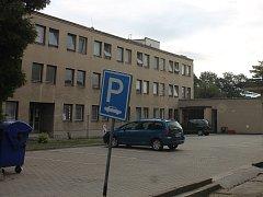 Rousínovská škola v ulici Tyršova ještě  před rekonstrukcí.