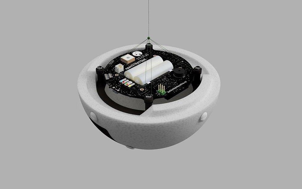 Sondu vynese ke stratosféře balon.