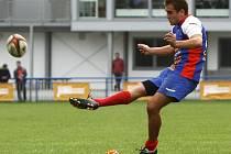 Ragbisté JIMI Vyškov smetli hráče Olomouce (červeno-černý dres) 46:0.