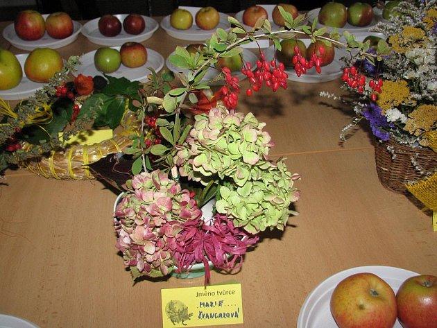 K oslavám podzimu v Krásensku patří také květinová aranžmá.