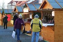 Vánoční trhy na Masarykově náměstí ve Vyškově.