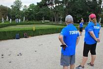 Ve slavkovském zámeckém parku, ve kterém se koná třeba pétanqueový turnaj, chce město opravit sochy. Je ovšem nutné určit jejich vlastníka.
