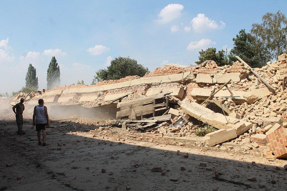 Demolice haly v srpnu 2018.