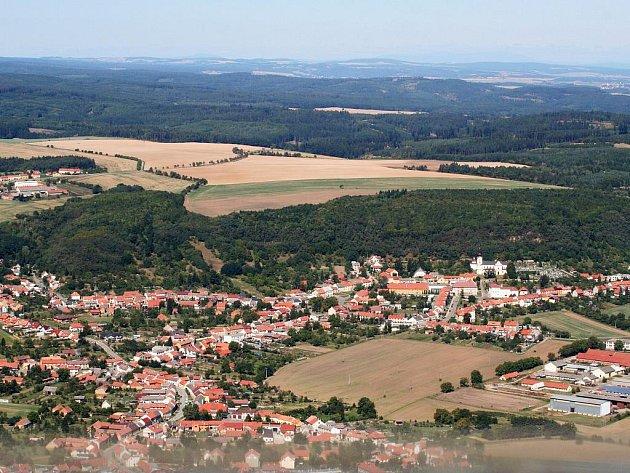 Typickou krajinou mikroregionu Melicko je Pustiměř a okolí.