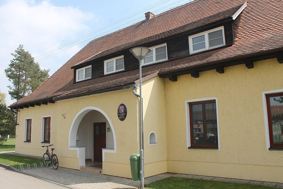 Mateřská škola v Hlubočanech.