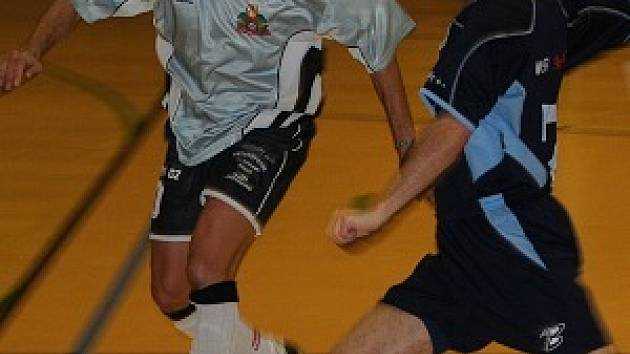 Ačkoli úvod zápasu tomu nenasvědčoval, Pivovar neukořistil v tomto domácím zápase ani jeden bod. To se nepovedlo ani Amoru v Brně.