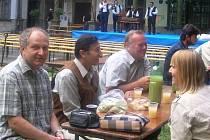 V Bučovicích v pátek začal další ročník Burčákových slavností. Ty se budou letos poprvé konat i ve Slavkově u Brna.