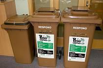 Od prvního dubna začne Respono svážet bioodpad z domácností na Vyškovsku. Už teď seznamuje lidi s novými popelnicemi.