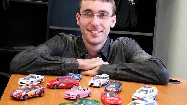 Jiří Hudec má doma přes tisíc modelů aut.