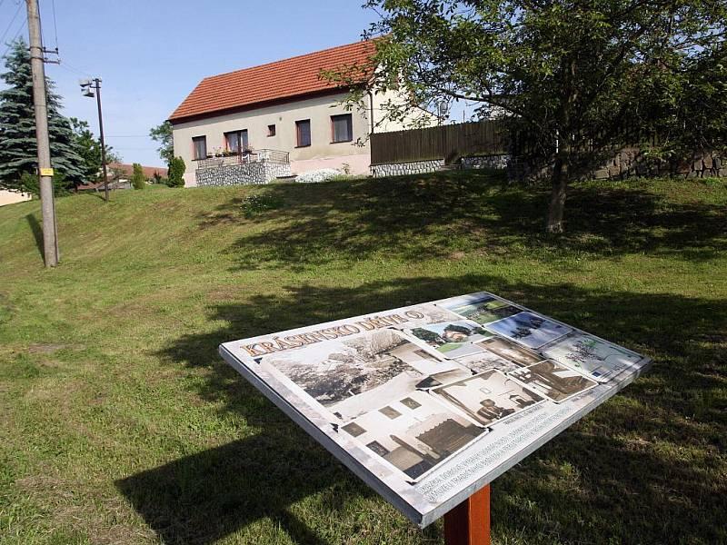Informační tabule Krásenska. Ilustrační fotografie.