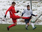 V prvním utkání v rámci zimní přípravy prohráli fotbalisté MFK Vyškov (bílé dresy) s dorostem Zbrojovky Brno (U19) 2:3. Zápas se hrál na umělé trávě ve Vyškově.