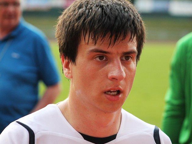 Filip Novotný dal první branku v přípravném fotbalovém utkání MFK Vyškov – Slovani Rosice 1:2.