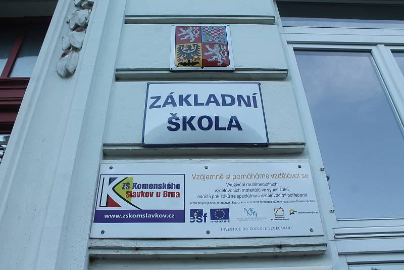 Základní škola Komenského.