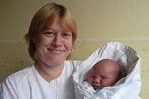 Lucinka Bartáková s maminkou Ludmilou, 52 cm, 4,080 kg, 24. listopadu 2009, Vyškov.