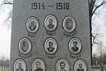 Pomník padlím obyvatelům Holubic a Kruhu za první světové války.