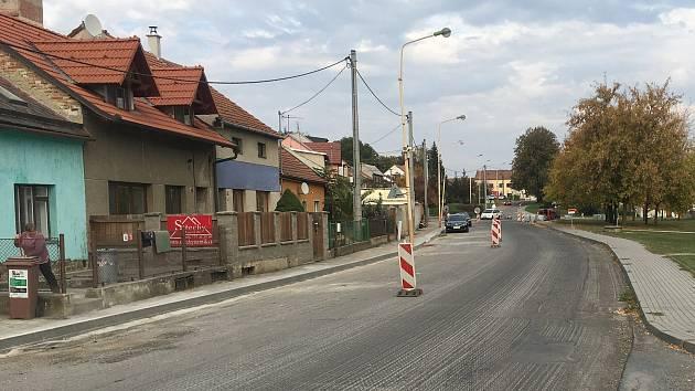 Opravy průtahu v Ivanovicích na Hané. Ilustrační foto.