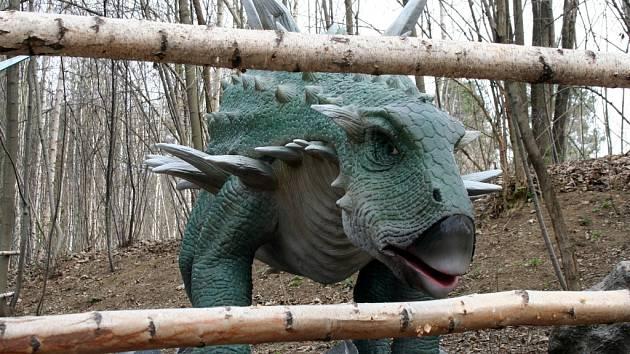 Vyškovský dinopark zahájí už sedmou sezonu.