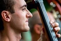 Folklor je životní styl, říká basista Daniel Hruška.