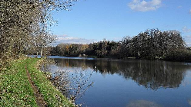 Rybník Kačenec.
