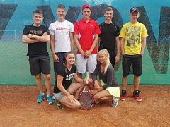 Mladí tenisté z TC Austerlitz si v 6. kole I.třídy zajistili vítězstvím postup do prestižního Junior Tour pro příští sezonu.
