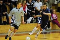 V jihomoravské futsalové divizi E se hrálo okresní derby Amor Vyškov – Pivovar Vyškov (7:4).