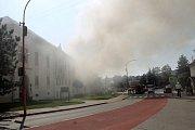 Kulturní dům v Drnovicích zachvátily plameny.
