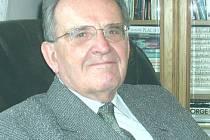 Hubert Žáček se stal doktorem věd i profesorem Karlovy univerzity.