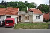 Odpad se podle Bučovana Stanislava Berkyho v domě na Slavkovské hromadil poslední čtyři roky.