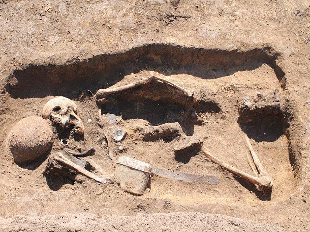 Archeologové zkoumali zaniklé hřbitovy. Kostry vykopávali i při minus dvanácti