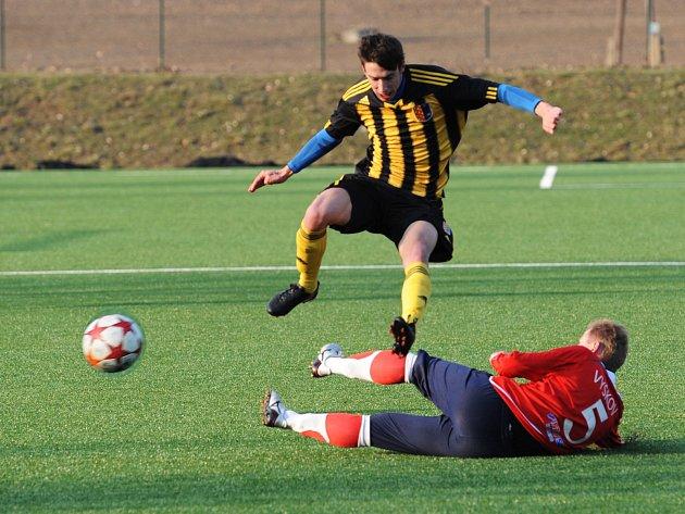 V posledním přípravném utkání před jarním startem divize prohráli fotbalisté MFK Vyškov s účastníkem MSFL 1. SK Prostějov 2:3.