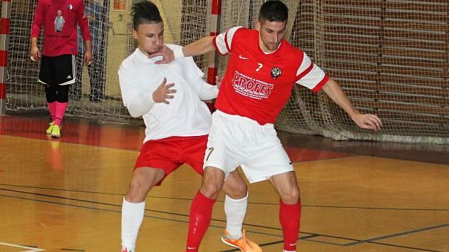 V 16. kole II. ligy futsalistů remizoval Amor Vyškov s prvním týmem tabulky AC Gamaspol Jeseník 2:2.