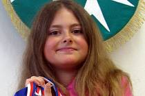 Devítiletá Nikol Nejedlá z Medlovic je nadanou tanečnicí. Svým výkonem se suverénně kvalifikovala i na mistrovství Evropy v Amsterodamu, kde se utká s konkurencí z celého kontinentu v hip hopu a electric boogie.