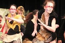 Vyškovská taneční skupina N-Yoj! oslavila desetileté výročí přehlídkou v Sokolském domě ve Vyškově.