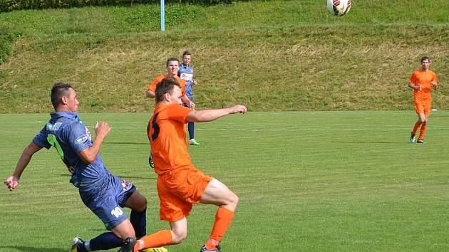 V posledním kole fotbalové I.A třídy bylo na pořadu okresní derby FC Bučovice – TJ Dražovice. Domácí vyhráli 3:1.