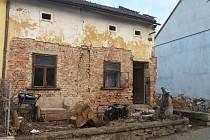V Ivanovicích na Hané plánu demolici starého domu. Místo něj bude pozemek pro zájemce.