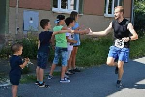 Podruhé a jako třetí díl Nemojského běžeckého léta se konal Běh kolem rybníka Chobot v Nemojanech.