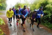 Na posledním tréninku před ostrým startem sezony v Rakoveckém údolí drnovičtí běžci zmokli.