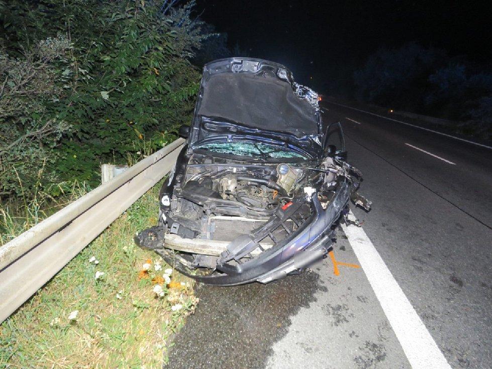 Nehodu v pondělí v noci nepřežil řidič motorky.