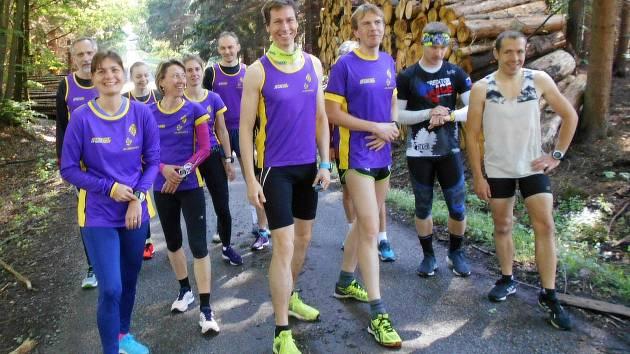 """Běžci AK Drnovice si v sobotu """"nanečisto"""" zaběhli Olšanskou desítku."""