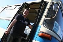 Romana Šestáka lákají československé autobusy.