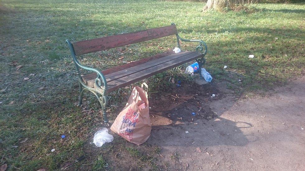 Ze slavkovského parku.