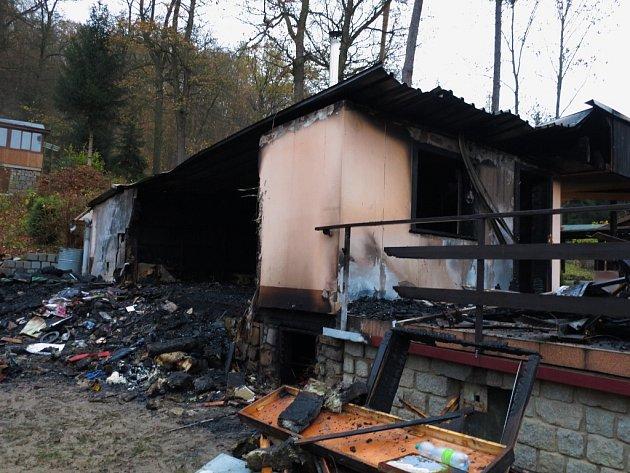 Požár chaty u Bučovic.